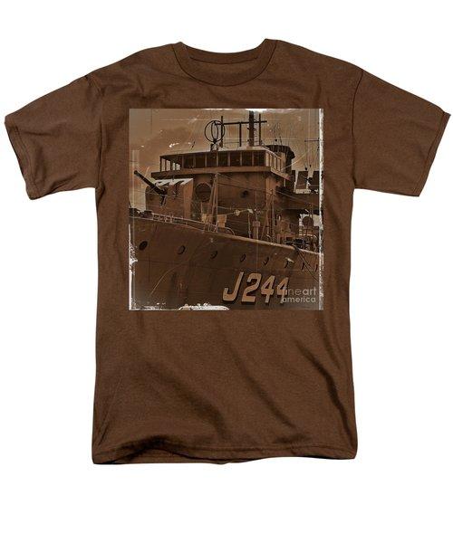 Men's T-Shirt  (Regular Fit) featuring the photograph Hmas Castlemaine 4 by Blair Stuart