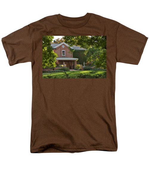 Men's T-Shirt  (Regular Fit) featuring the photograph Cowles House by Joseph Yarbrough