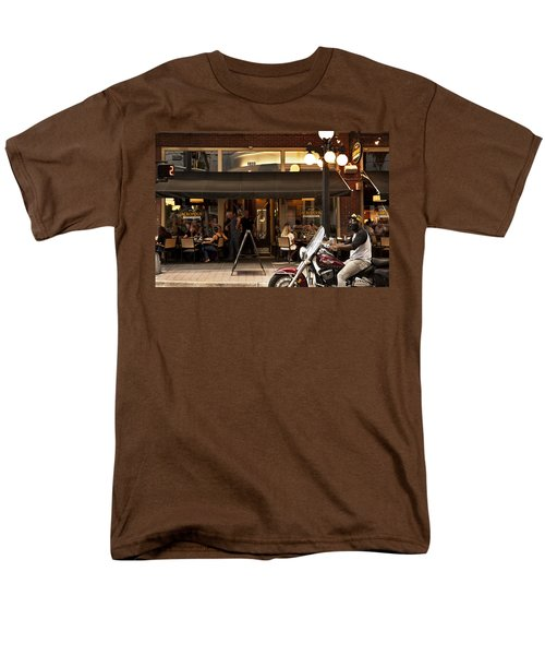 Men's T-Shirt  (Regular Fit) featuring the photograph Crusin' Ybor by Steven Sparks