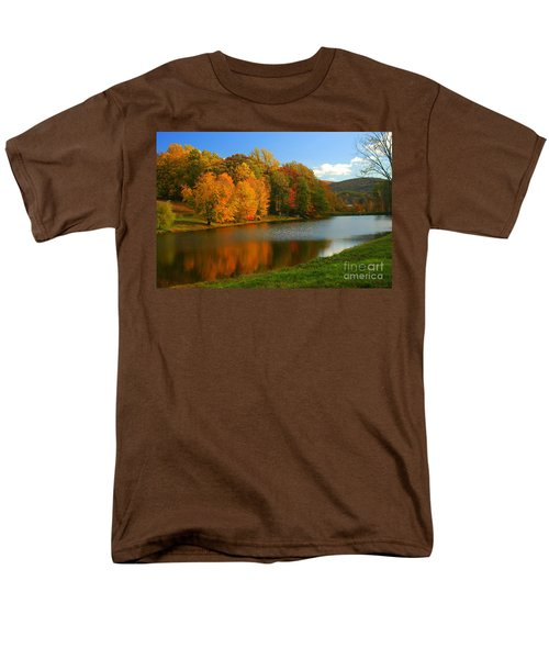 Fall In New York State Men's T-Shirt  (Regular Fit) by Mark Gilman
