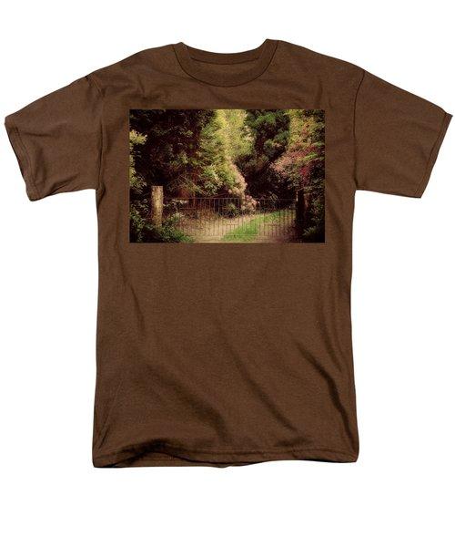 Men's T-Shirt  (Regular Fit) featuring the photograph Hidden Garden by Marilyn Wilson