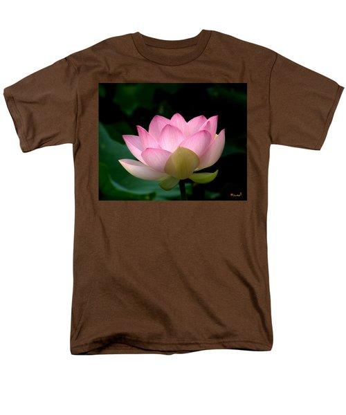 Lotus Beauty--blushing Dl003 Men's T-Shirt  (Regular Fit) by Gerry Gantt