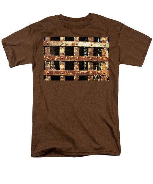 Men's T-Shirt  (Regular Fit) featuring the photograph Outside Looking In by Fran Riley