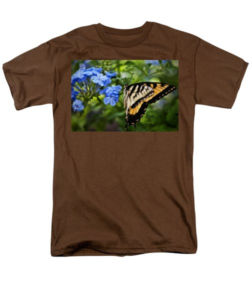 Men's T-Shirt  (Regular Fit) featuring the photograph Plumbago And Swallowtail by Steven Sparks