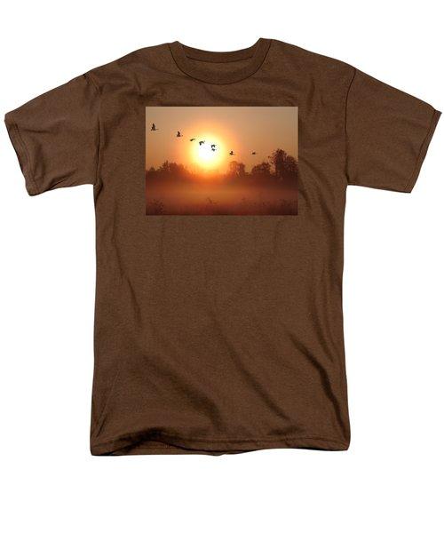 Returning South Men's T-Shirt  (Regular Fit) by I\'ina Van Lawick