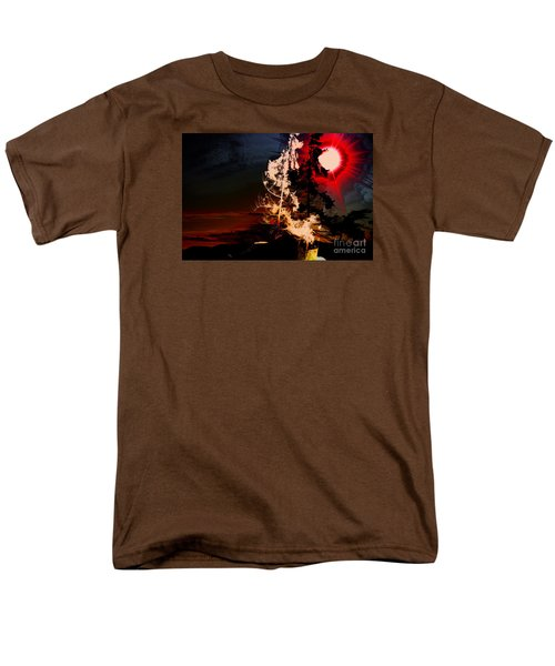 Sechelt Tree Men's T-Shirt  (Regular Fit) by Elaine Hunter