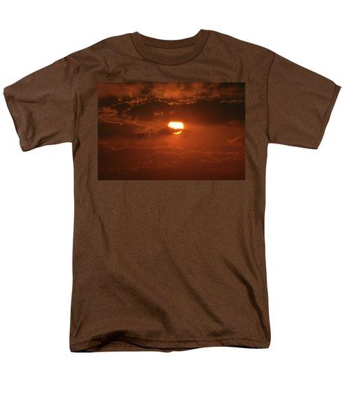 Men's T-Shirt  (Regular Fit) featuring the photograph Sunset by Linda Ferreira