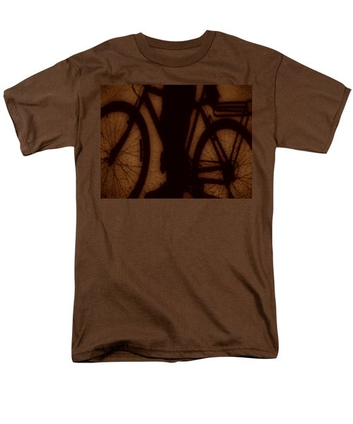 Bike Men's T-Shirt  (Regular Fit) by Beto Machado