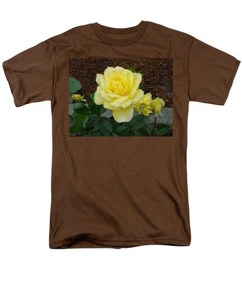 4 Yellow Roses Men's T-Shirt  (Regular Fit) by Shirley Heyn