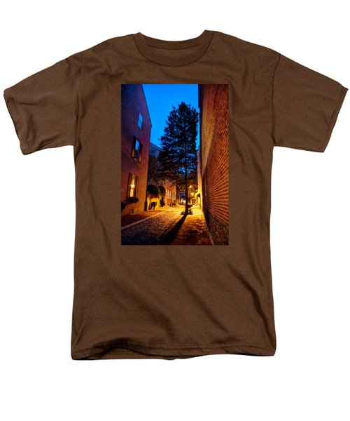 Alleyway Men's T-Shirt  (Regular Fit) by Mark Dodd