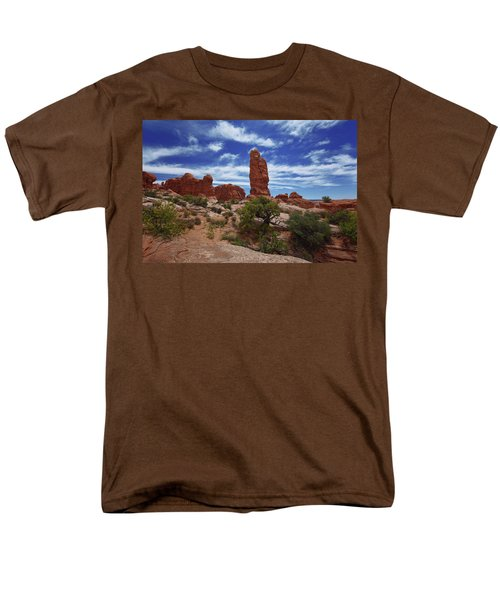 Arches Scene 4 Men's T-Shirt  (Regular Fit)
