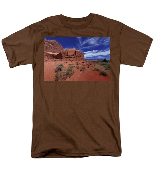 Arches Scene1 Men's T-Shirt  (Regular Fit)