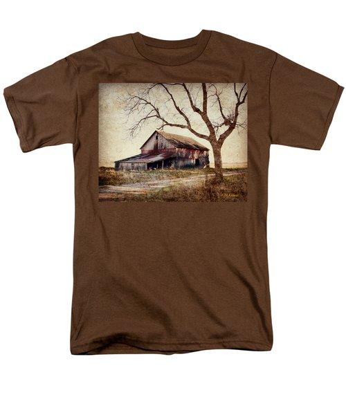 Beautiful Red Barn-near Ogden Men's T-Shirt  (Regular Fit) by Kathy M Krause