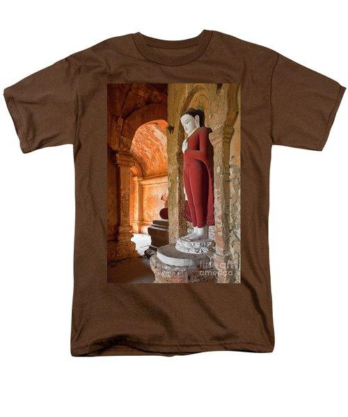 Men's T-Shirt  (Regular Fit) featuring the photograph Burma_d2280 by Craig Lovell