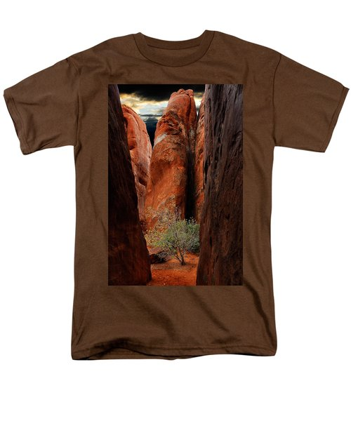 Men's T-Shirt  (Regular Fit) featuring the photograph Canyon Tree by Harry Spitz