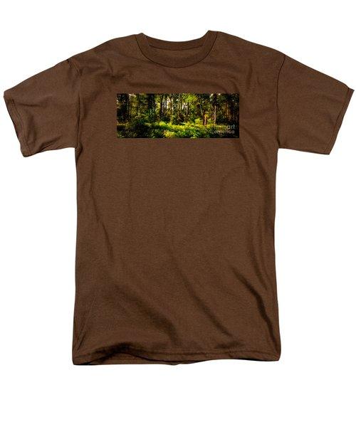 Carolina Forest Men's T-Shirt  (Regular Fit) by David Smith