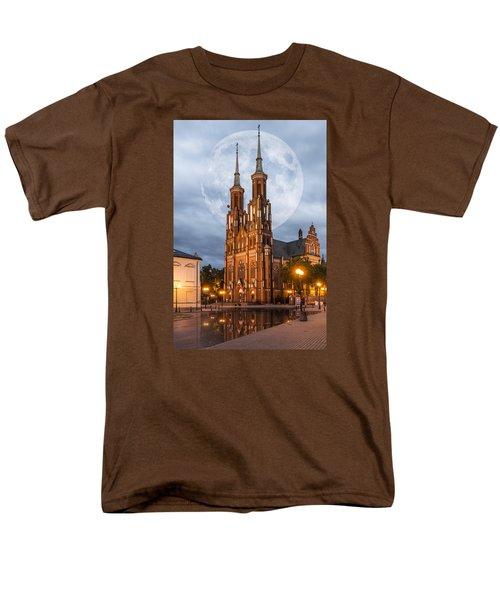 Cathedral Men's T-Shirt  (Regular Fit) by Jaroslaw Grudzinski