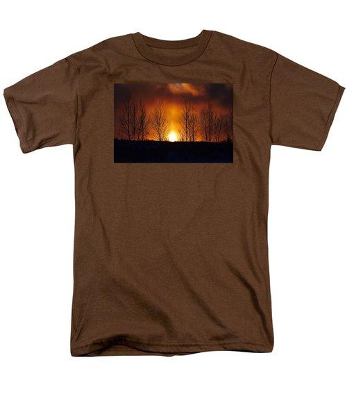 Men's T-Shirt  (Regular Fit) featuring the photograph Crisp Sunset by Dacia Doroff
