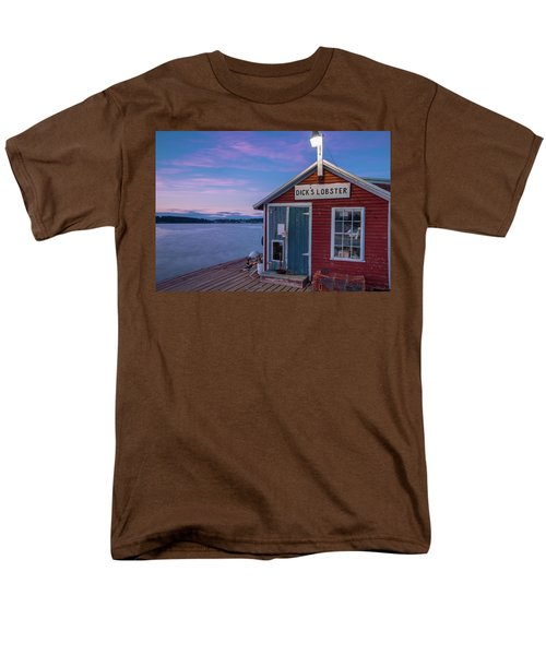 Men's T-Shirt  (Regular Fit) featuring the photograph Dicks Lobsters - Crabs Shack In Maine by Ranjay Mitra