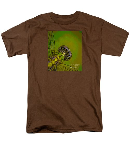 Dragonfly Detail Men's T-Shirt  (Regular Fit) by Kim Henderson