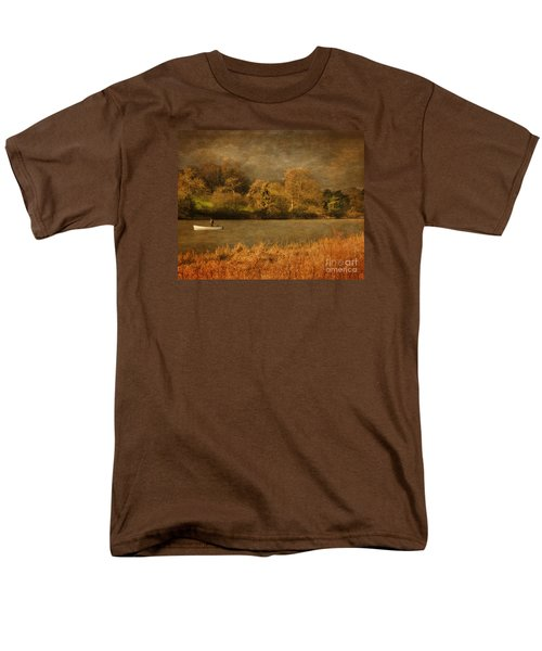 Fishing On Thornton Reservoir Leicestershire Men's T-Shirt  (Regular Fit) by Linsey Williams