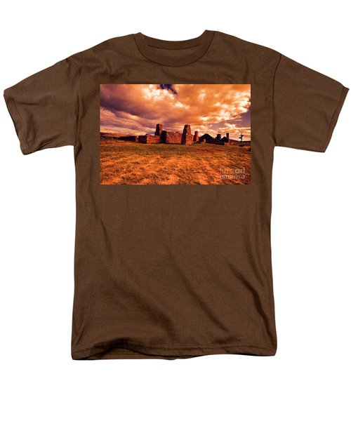 Men's T-Shirt  (Regular Fit) featuring the photograph Flinders Ranges Ruins by Douglas Barnard