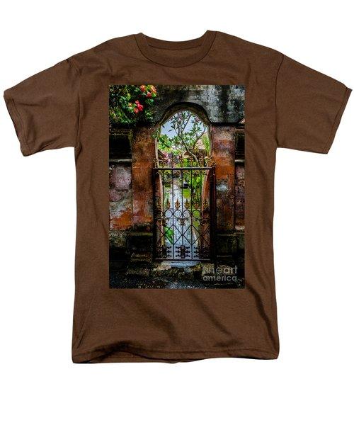 Bali Gate Men's T-Shirt  (Regular Fit)
