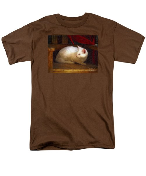 In The Chair Men's T-Shirt  (Regular Fit) by John  Kolenberg
