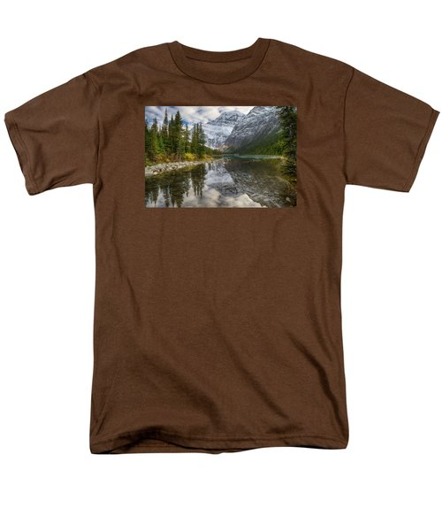 Lake Cavell Men's T-Shirt  (Regular Fit) by John Gilbert