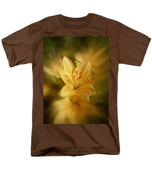 Men's T-Shirt  (Regular Fit) featuring the photograph Lily Be Mine by Richard Cummings