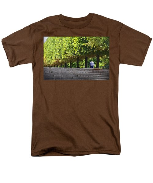 Lovers In The Tuileries Men's T-Shirt  (Regular Fit) by John Hansen