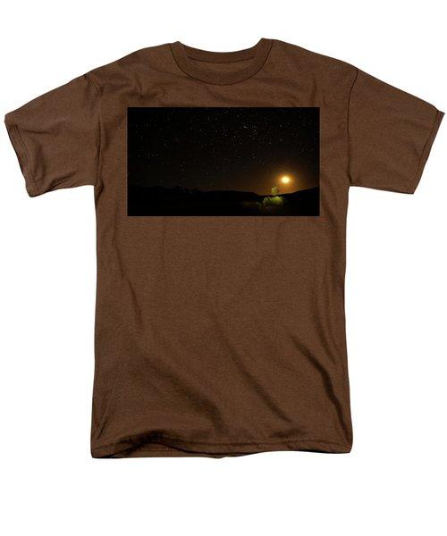 Men's T-Shirt  (Regular Fit) featuring the photograph Moon Set Over Palm Valley by Paul Svensen