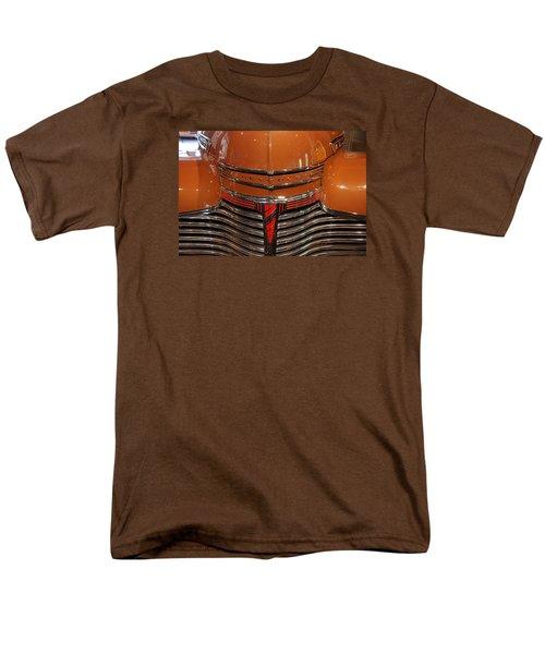 Nose 1941 Chevy Men's T-Shirt  (Regular Fit) by John Schneider