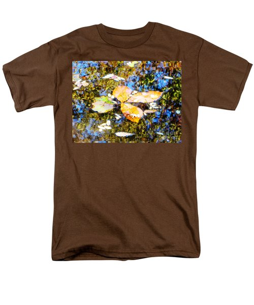 Men's T-Shirt  (Regular Fit) featuring the photograph Pondering by Melissa Stoudt