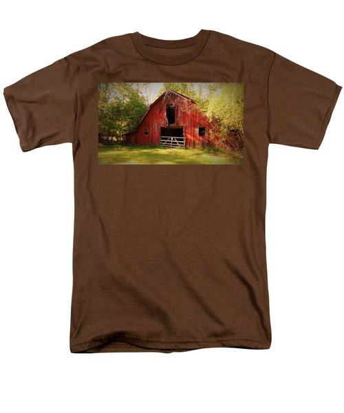 Men's T-Shirt  (Regular Fit) featuring the photograph Richton Barn I by Lanita Williams