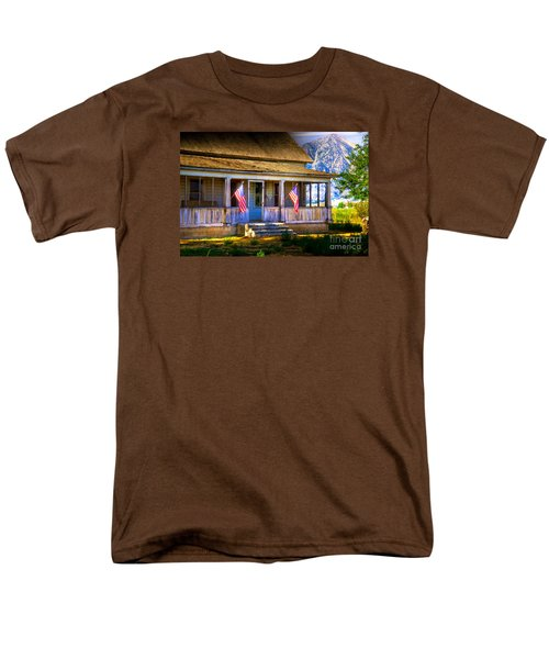 Men's T-Shirt  (Regular Fit) featuring the photograph Rustic Patriotic House by Kelly Wade