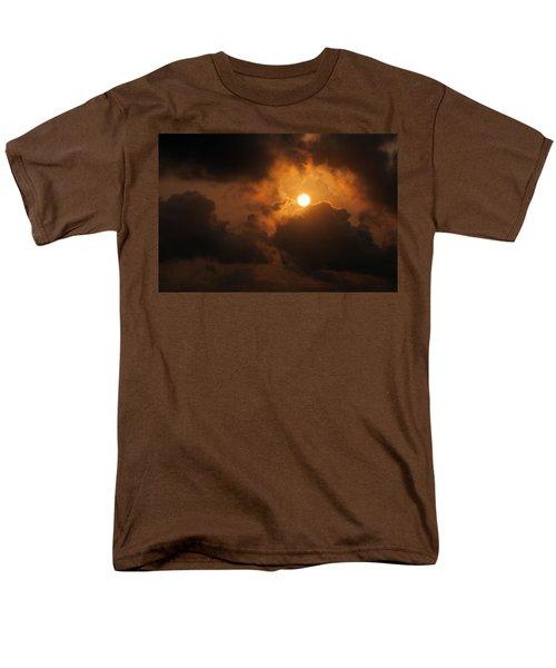 Men's T-Shirt  (Regular Fit) featuring the photograph Sunset At Aruba by Allen Carroll