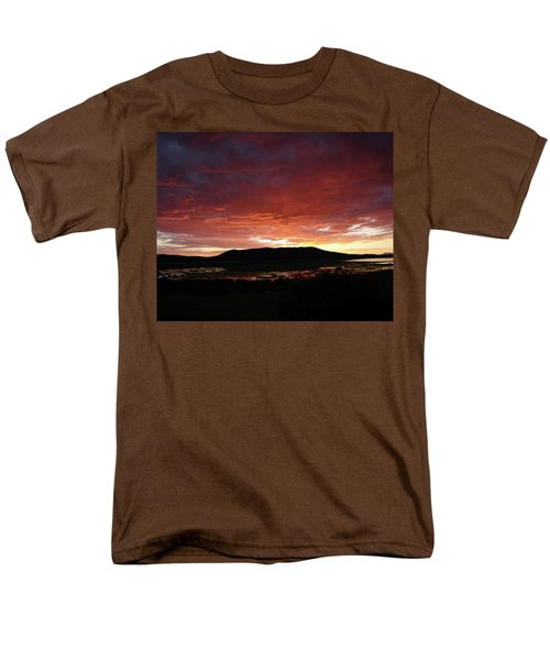Men's T-Shirt  (Regular Fit) featuring the painting Sunset Over Mormon Lake by Dennis Ciscel