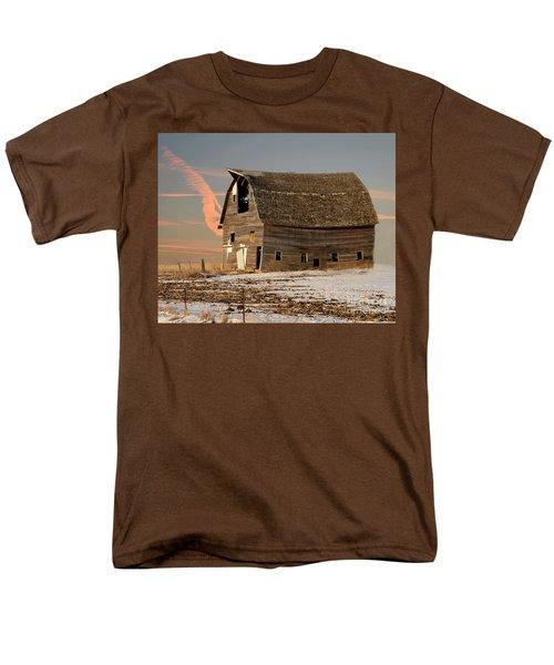 Swayback Barn Men's T-Shirt  (Regular Fit) by Kathy M Krause