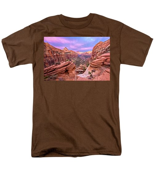 Men's T-Shirt  (Regular Fit) featuring the photograph The Overlook by Eduard Moldoveanu