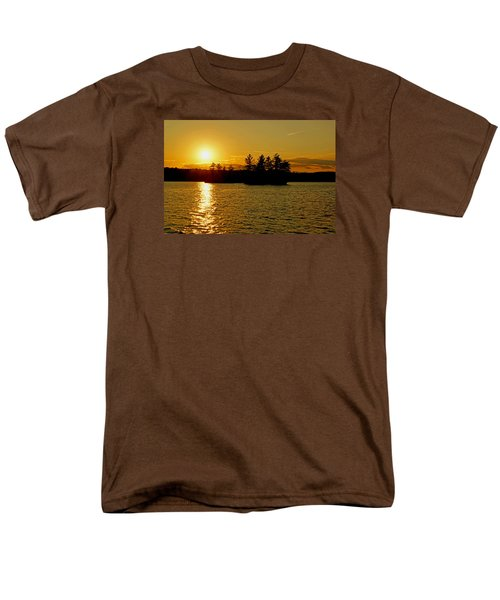 Men's T-Shirt  (Regular Fit) featuring the photograph Towards Infinity by Lynda Lehmann