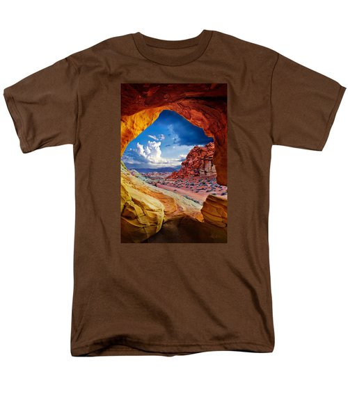 Tunnel Vision Men's T-Shirt  (Regular Fit)