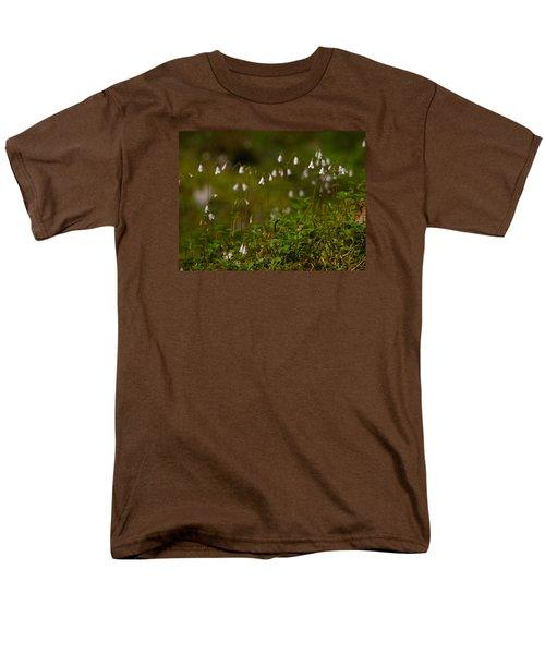 Twinflower Men's T-Shirt  (Regular Fit) by Jouko Lehto