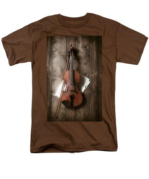 Violin Men's T-Shirt  (Regular Fit) by Garry Gay