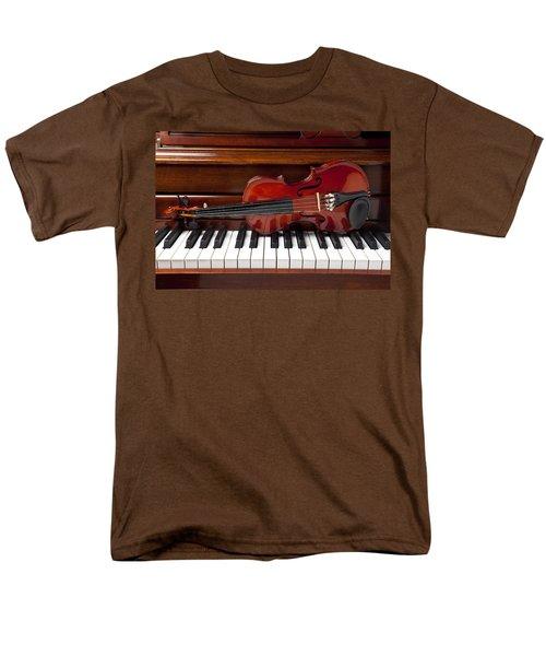 Violin On Piano Men's T-Shirt  (Regular Fit) by Garry Gay