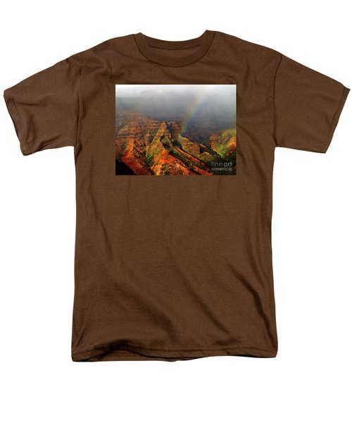 Waimea Canyon I Men's T-Shirt  (Regular Fit) by Patricia Griffin Brett