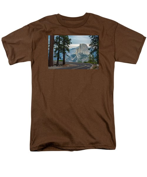 Yosemite Glacier Point Men's T-Shirt  (Regular Fit) by Jonas Wehbrink