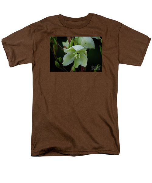 Yucca Men's T-Shirt  (Regular Fit) by Randy Bodkins