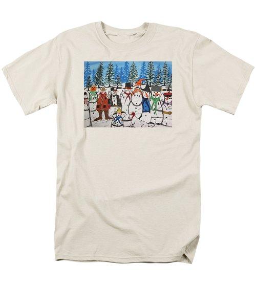 10 Christmas Snowmen  Men's T-Shirt  (Regular Fit)