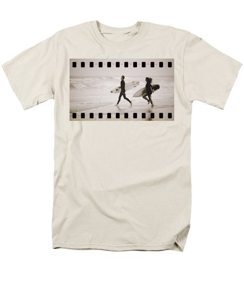 Men's T-Shirt  (Regular Fit) featuring the photograph A Good Day To Surf by Alice Gipson